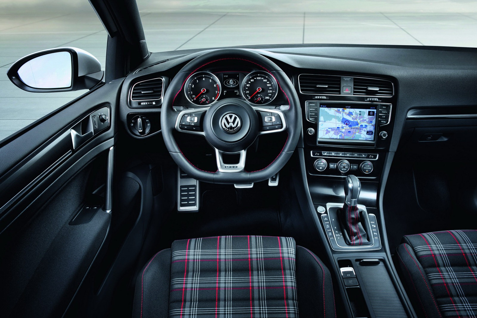 golf gti 2014 mk vii um espet culo korn cars. Black Bedroom Furniture Sets. Home Design Ideas
