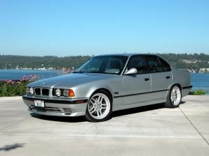 BMW 540i E34 korncars