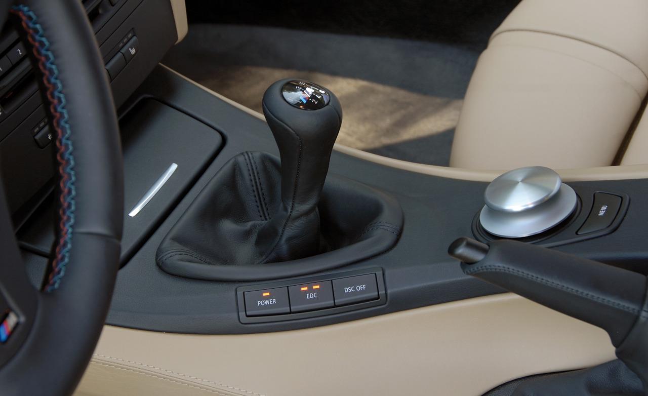 bmw m3 e92 the best all around sports car in world korn cars rh korncars com e92 m3 manual vs dct E46 M3