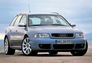 2000 Audi RS4 Avant (B5); top car design rating and specifications