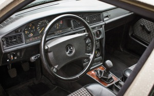 Mercedes 190E Cosworth korncars cabine