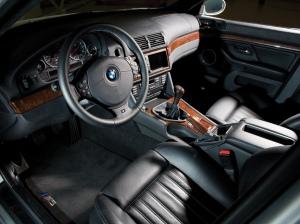 korncars-bmw-m5-e39-interior